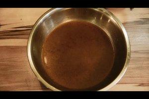 Sauce aus Knochen herstellen - so gelingt's schmackhaft
