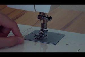 Bei Nähmaschine Faden einfädeln - so geht's