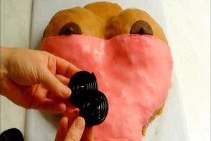 Erotische Torten - so backen Sie eine Busentorte