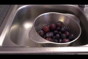 Pflaumensaft selber machen - Rezept mit Gewürzen