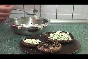 Frische Champignons grillen - zwei Rezepte