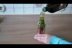Peperoni-Öl herstellen - Rezept