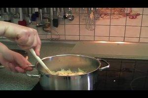 Wie kocht man Sauerkraut? - So wird's bayrisch