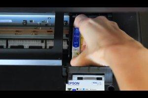 Epson Stylus SX210: Patronen wechseln - so geht's