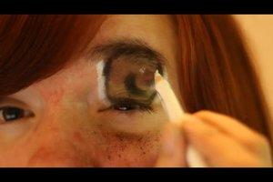 Manga-Augen schminken - so geht's