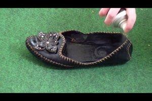 Fußpilz - Schuhe richtig desinfizieren