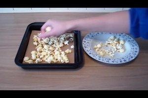 Popcorn wieder knusprig machen - so klappt's