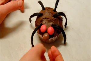 Grusel-Muffins backen - Rezepte für Halloween