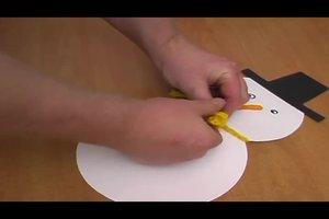 Weihnachtsdeko selber machen - Anleitung für Schneemänner aus Pappe