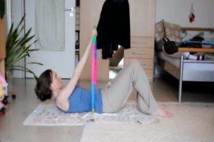 Bauchtraining mit Hula Hoop-Reifen - so geht´s