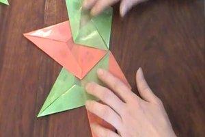 Faltanleitung für Stern - so gelingt Basteln mit Kindern