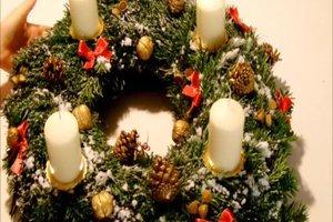 Adventskranz dekorieren - kreative Ideen