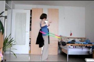 Hula-Hoop-Reifen - Übungen für den Rumpf