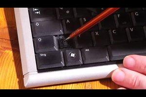 Tastatur: eine Taste klemmt - so beheben Sie's