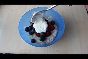 Beim Haferbrei Kalorien sparen - zwei Rezepte