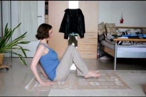 Hüftspeck muss weg - mit diesen Übungen bekommen Sie eine schlanke Taille