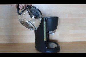 Die Kaffeemaschine entkalken mit Essigessenz - so geht's