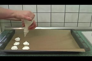 Haltbarkeit von Baiser - die Köstlichkeit richtig aufbewahren und ein Rezept