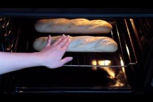 Baguette aufbacken - so wird es knusprig und lecker