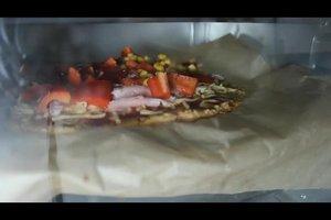 Low-Carb-Pizza - Rezept für einen Pizzaboden aus Thunfisch