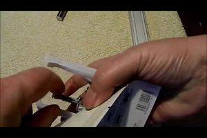 Rigipsdübel richtig verwenden - so halten Regale & Co.