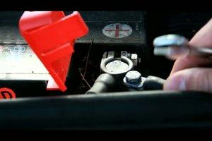 Autobatterie wechseln - Schritt-für-Schritt-Anleitung