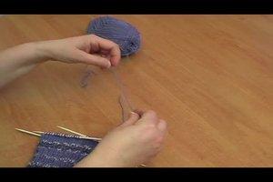 Neues Wollknäuel anfangen - so stricken Sie weiter