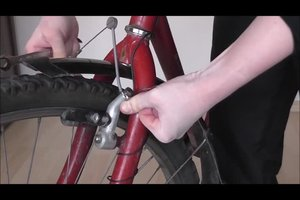 Zugdraht - so wechseln Sie den Bremszug an einem Fahrrad