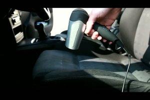 Schimmel im Auto entfernen - so klappt´s