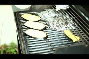 Zucchini grillen - ein vegetarisches Rezept