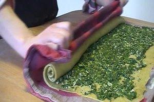 Spinatrolle – Gemüsestrudel leicht gemacht
