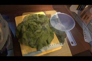 Salat waschen - so machen Sie es richtig