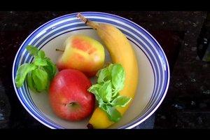 Obstmücken loswerden - Anleitung für eine Obstfliegenfalle