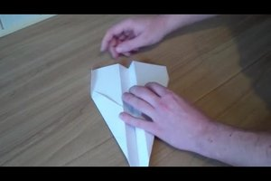 Papierflugzeug - eine Bauanleitung